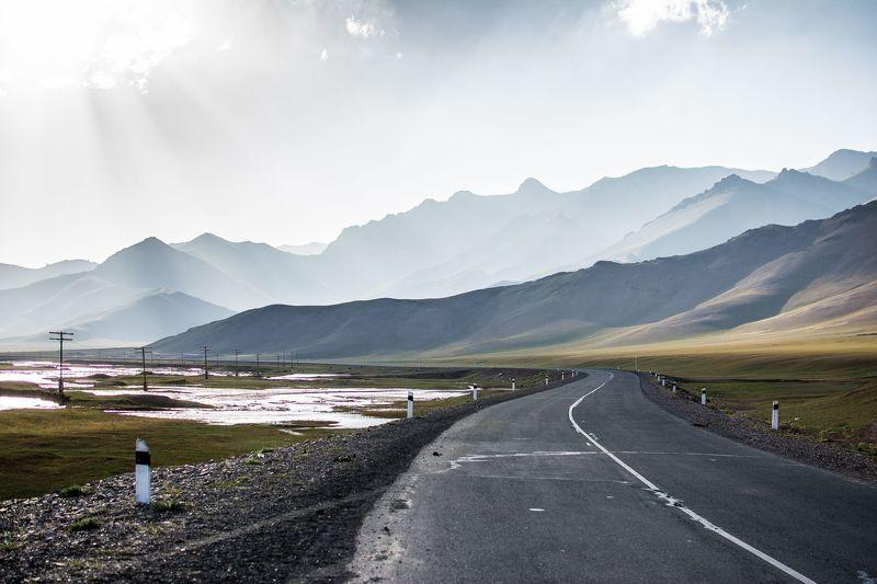 природа, пейзаж, горы, дорога, река Дорога на Памирphoto preview