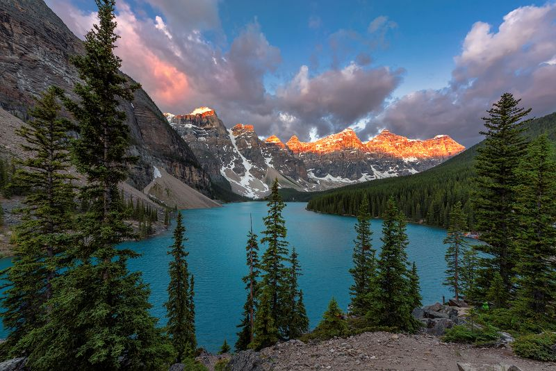 canada, banff, national, park , lake, nature, louise, moraine, landscape, scenery, mountain, canadian rockies, rocky mountains, summer, alberta, scenic, sunrise Rocky Mountainsphoto preview