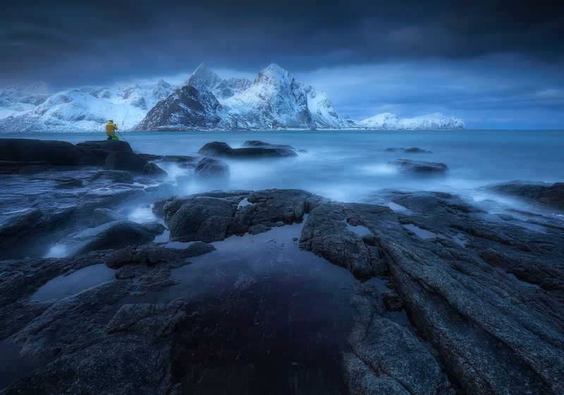 vareid lofoten norway blue hour sea ocean rocks mountains winter clouds  vareid IIphoto preview