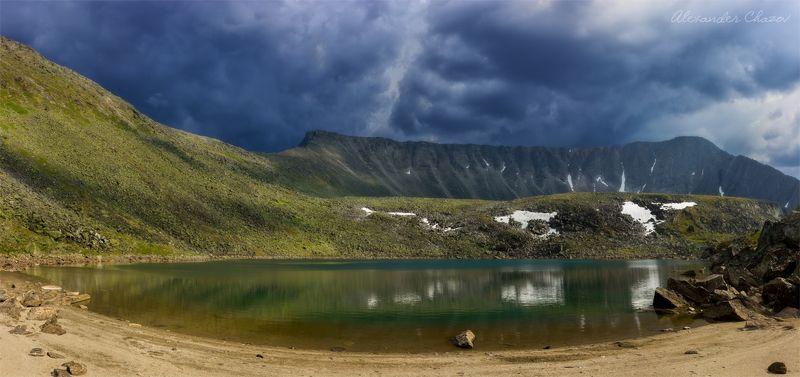 урал, горы, облака, озеро В ожидании грозыphoto preview
