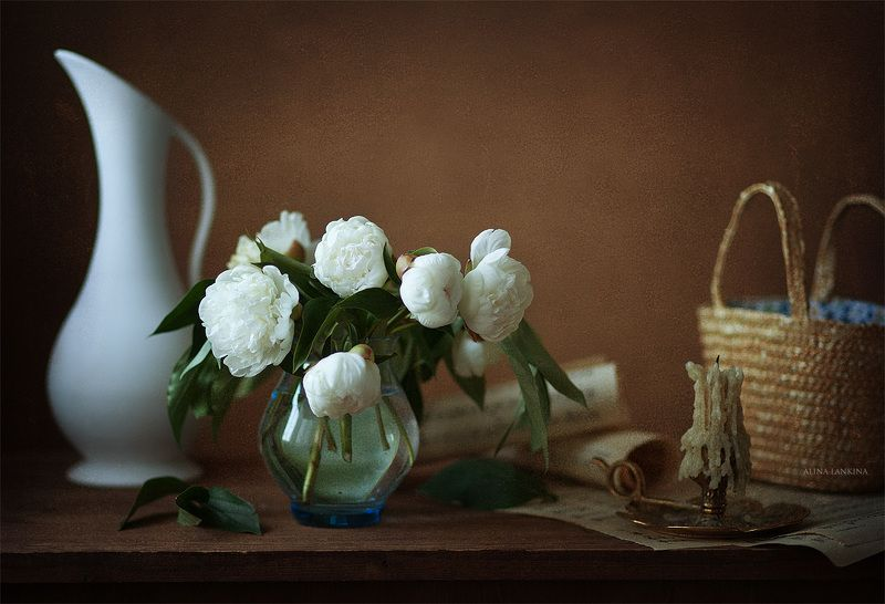 натюрморт, пионы, фотонатюрморт, лето, кувшин, цветы, букет, белые пионы, вечер, свет, алина ланкина, still life ***photo preview