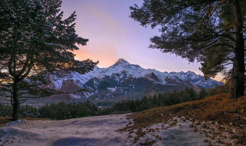 горы, кавказ, Грузия, Стеманцмида, Казбек, Казбеги, пейзаж, закат Вид на Казбекphoto preview