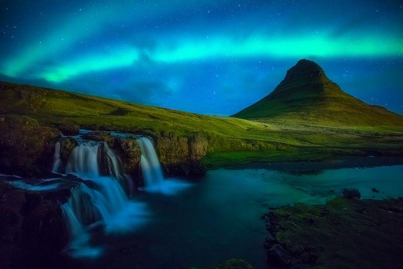kirkjufell iceland aurora borealis night landscape waterfall  kirkjufell IV фото превью