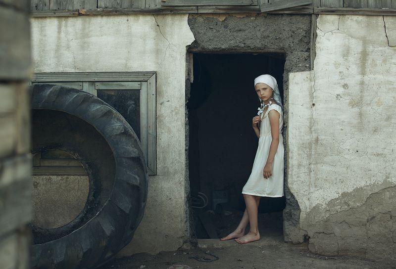 деревня,лето,дети,село,Алтай,девочка,старая баня, одиночество Настасья!photo preview