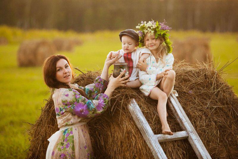 семья Деревенские мотивыphoto preview