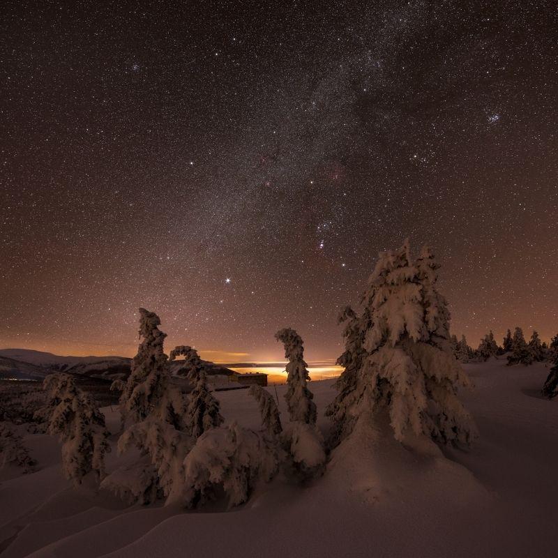 stars, snow, galaxy, milky way, czech, czech republic,mountains,orion Meeting of frozen lordsphoto preview