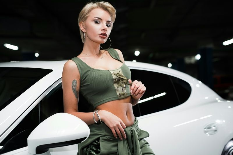 portrait,model,sexy,Sony a99,50mm,cars .photo preview