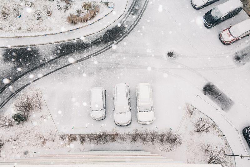 владивосток, приморье, декабрь, снег, двор, улица, следы А во дворе все так же снег...photo preview