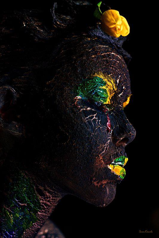 люди, портрет, арт, фейсарт, бодиарт, земля, мир, слеза, война, пепел, жизнь, фотокузница, ivankovale Planet Lifephoto preview