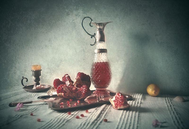 Pomegranatephoto preview