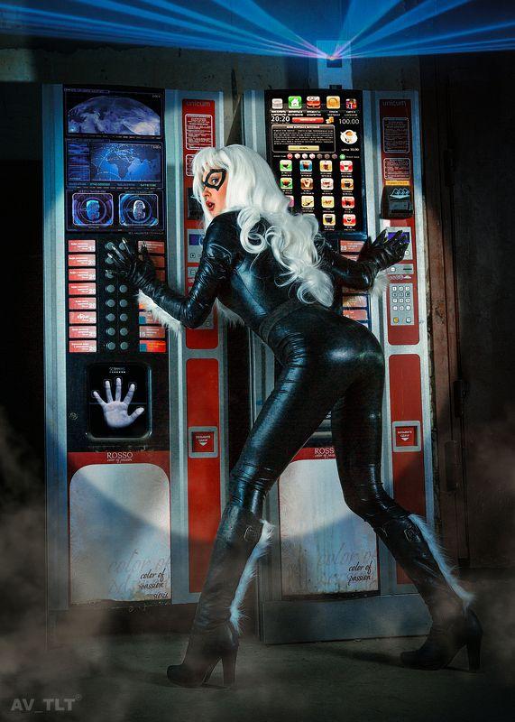 косплей, постановка, супер герой, Марвел, кошка, костюм, латекс, когти, портрет, блондинка Black Catphoto preview
