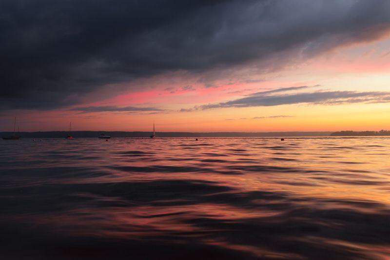 дождь вода гроза море лето солнце закат лодки яхты После дождяphoto preview