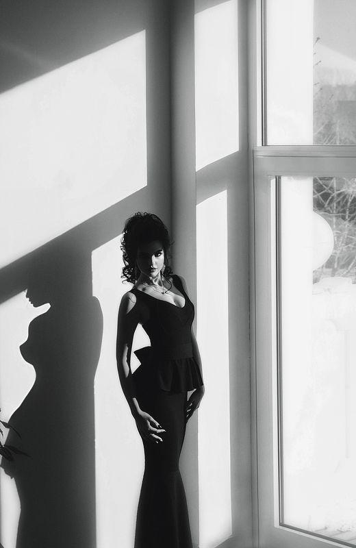 ~BLACK-WHITE~photo preview