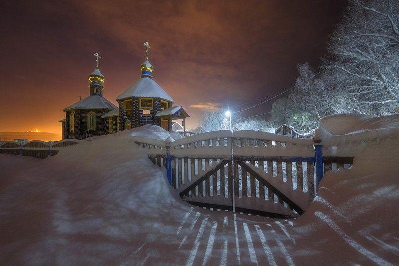 мурманск ночь снег зима храм церковь минькино Церковь Святой Великомученицы Варвары.photo preview