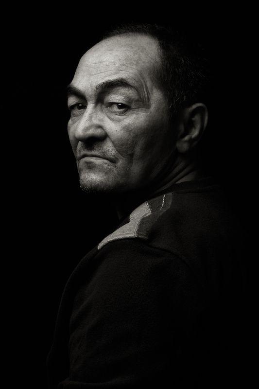 портрет, черно белое, мужчина, black is shadow Фашаphoto preview