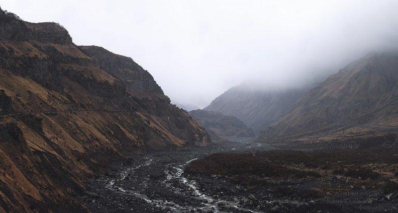 кавказ, грузия, горы, дождь, река, горная река, казбеги, степанцмида Кавказphoto preview