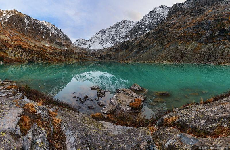 алтай, озеро, горы Озеро Куйгукphoto preview