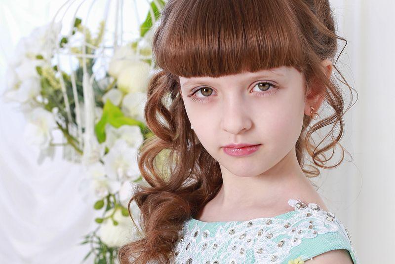 дети портрет варенька весна студия Варенькаphoto preview