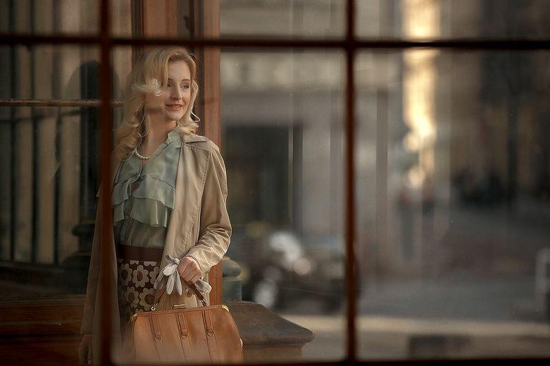 prague woman girl portrait Cinema in Praguephoto preview