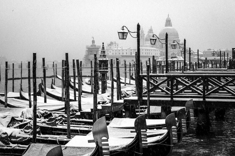 italy, venice, cityscape, winter, BW Venicephoto preview