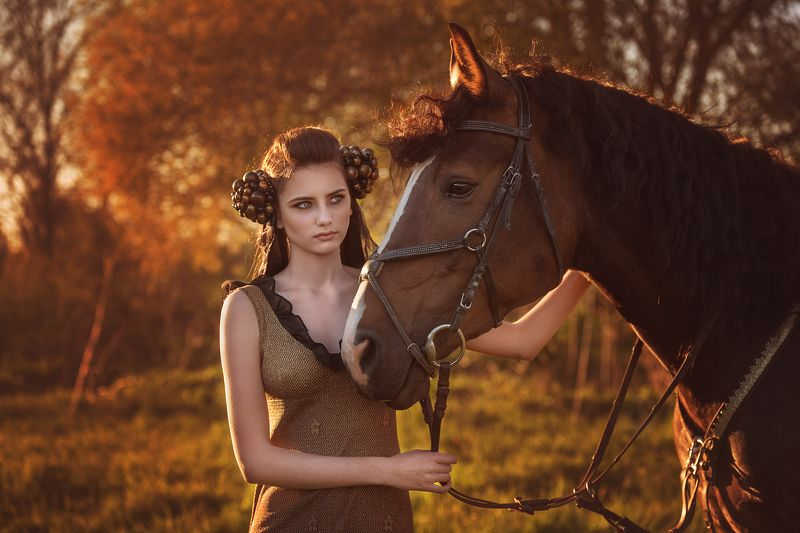 portrait, beauty, horse,autumn ***photo preview