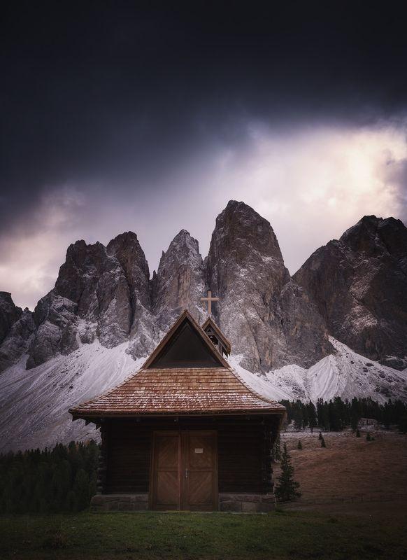 Масивът Одле. Доломити, Италияphoto preview