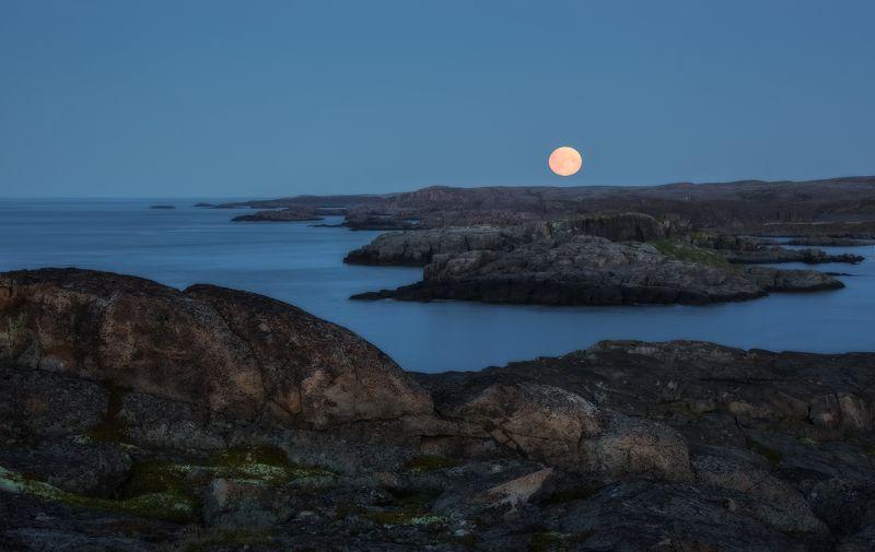 Восход луны на Баренцевом море.photo preview