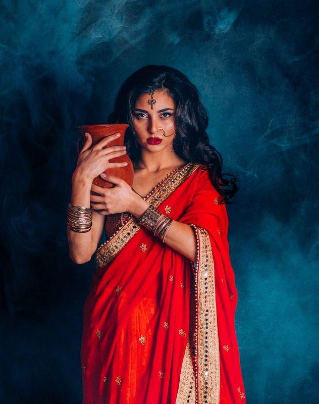 индианка, индия, индуска, сари,, красотка, портрет, брюнетка Индианкаphoto preview