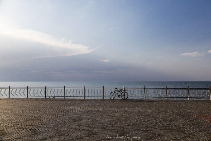вечер, велосипед, променад, море, небо, минимализм, жанр,  ***photo preview