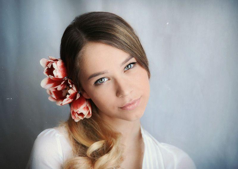 #девушка, #портрет, #студия, #цветы С цветами...photo preview