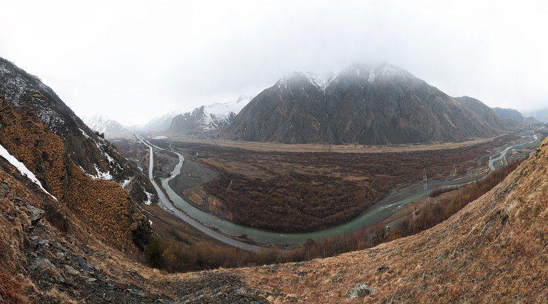 Грузия, Кавказ, Казбеги, Гудаури, горы, гора, горная река, река, весна, снег, туман, склоны, пейзаж Грузияphoto preview