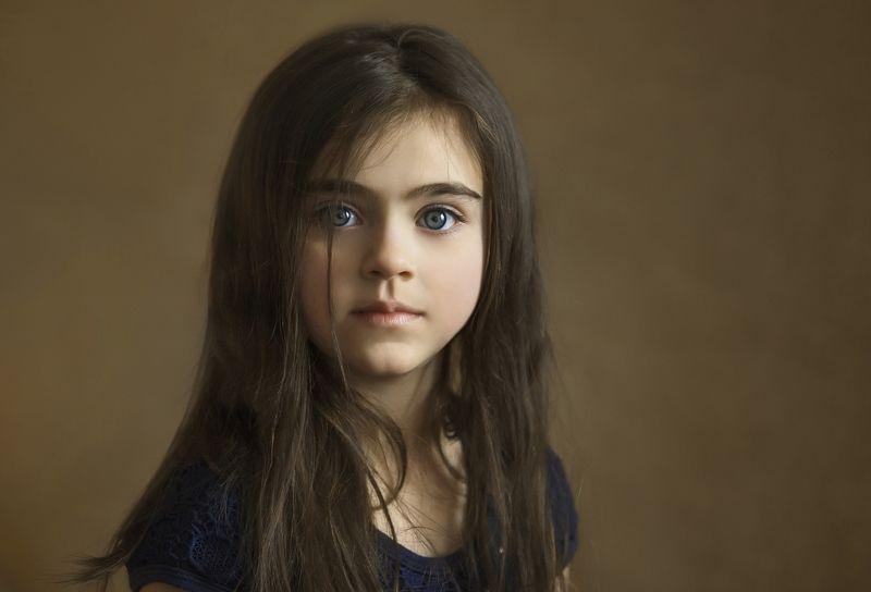 дети,портрет, девочка,глаза, взгляд,ребенок,чудо, эмоция,радость,жизнь,фотография,детская фотография,детский портрет,фотограф детский Очарование!photo preview