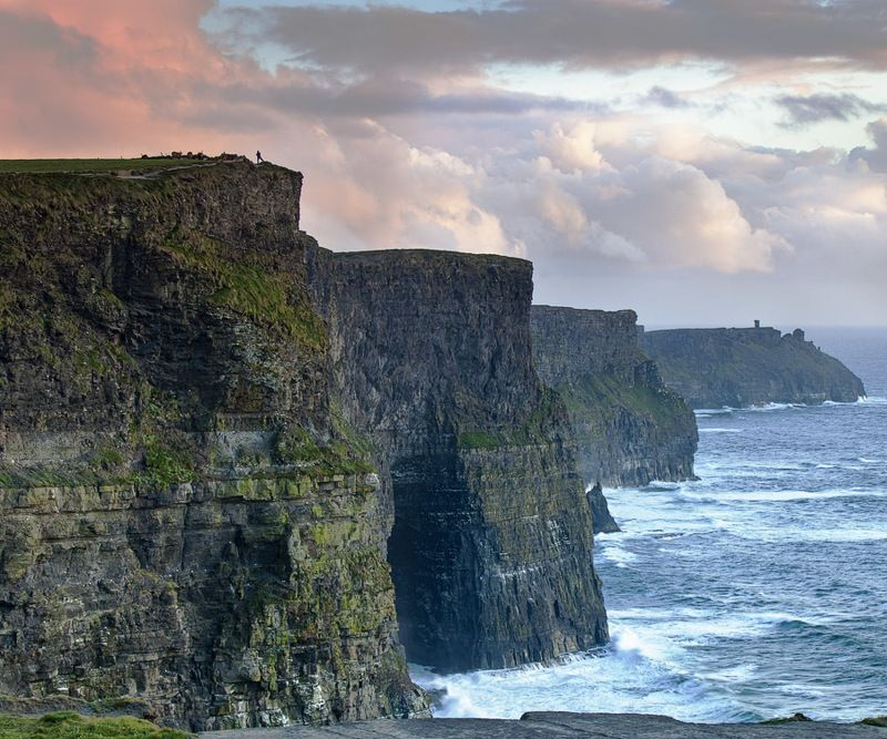 утесы океан морской пейзаж пейзаж закат ирландия cliffs ocean sunset seascape ireland На краюphoto preview