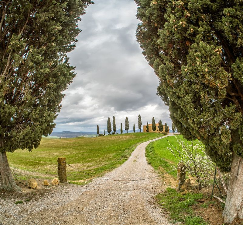 Medieval farmland-Tuscany Montepulcianophoto preview