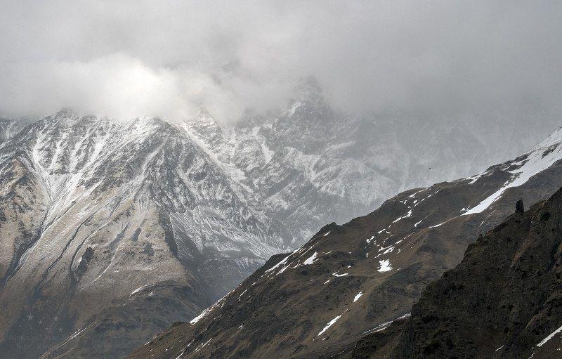 горы, грузия, казбеги, кавказ, облака Величиеphoto preview