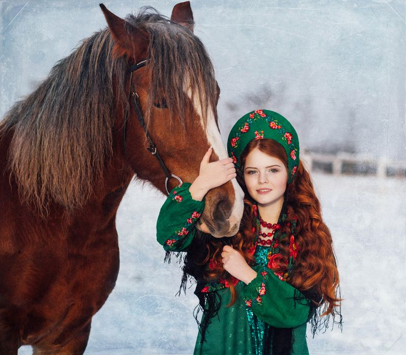 девушка, красавица, рыжая, рыжие, лошадь, конь, зима Рыжие красавицыphoto preview