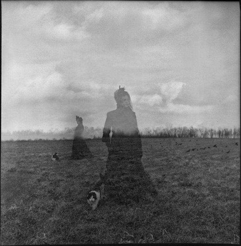 Ветер и туман – Вся её постель. Дитя Брошено в поле…photo preview