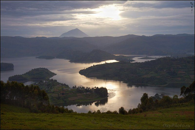 africa, bunyonyi, lake, uganda, африка, буньони, озеро, уганда Озеро, не очень то похожее на африканское...photo preview
