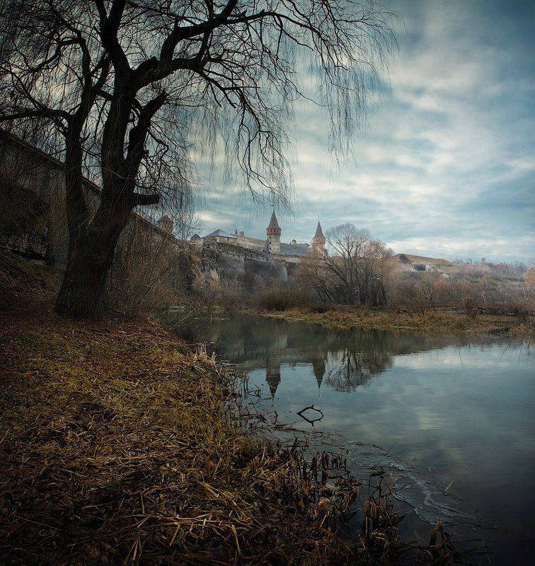 крепость, каменец-подольский Есть в графском парке старый пруд..photo preview