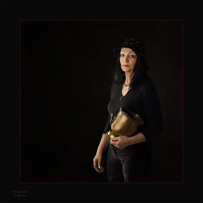 Портрет Дамы с ведерком для льдаphoto preview