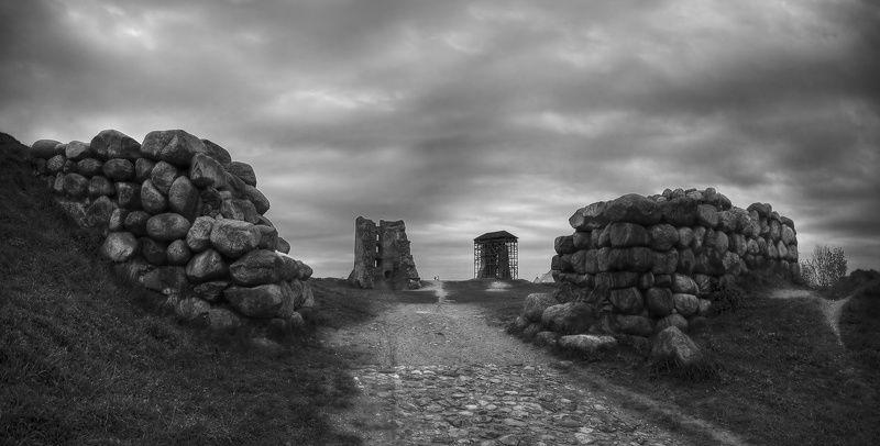 новогрудок, руины, вал, стена, камни, дорога | Новогрудок |photo preview