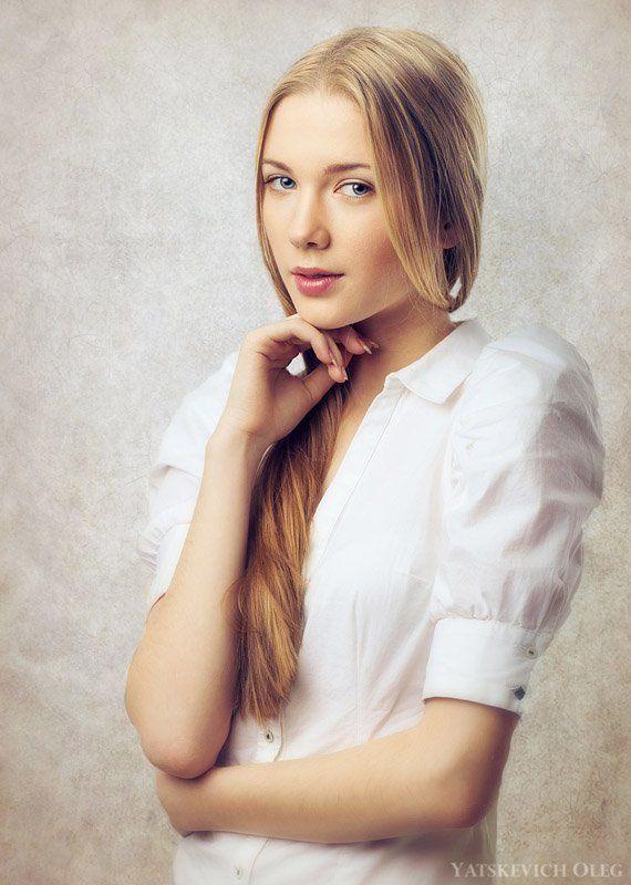 девушка, портрет, студия, эллина Эллинаphoto preview
