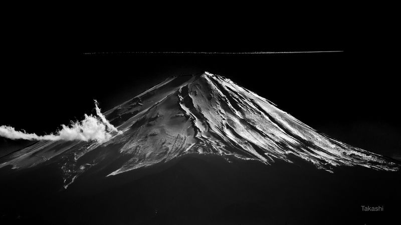 Fuji,Japan,mountain,snow,vapor trail,airplane,cloud, Tracephoto preview