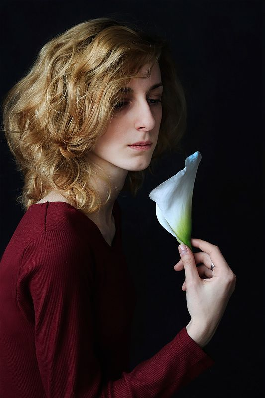 girl, young, spring, calla, beautiful, curly, hair, portraiture, studio, femininity Callaphoto preview