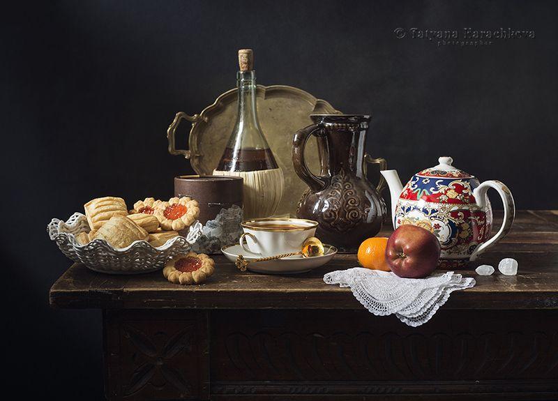 натюрморт, печенье, чай, чайник, фрукты, яблоко, мандарин, коробка, банка, бальзам Чаепитие с печеньем и не только...photo preview