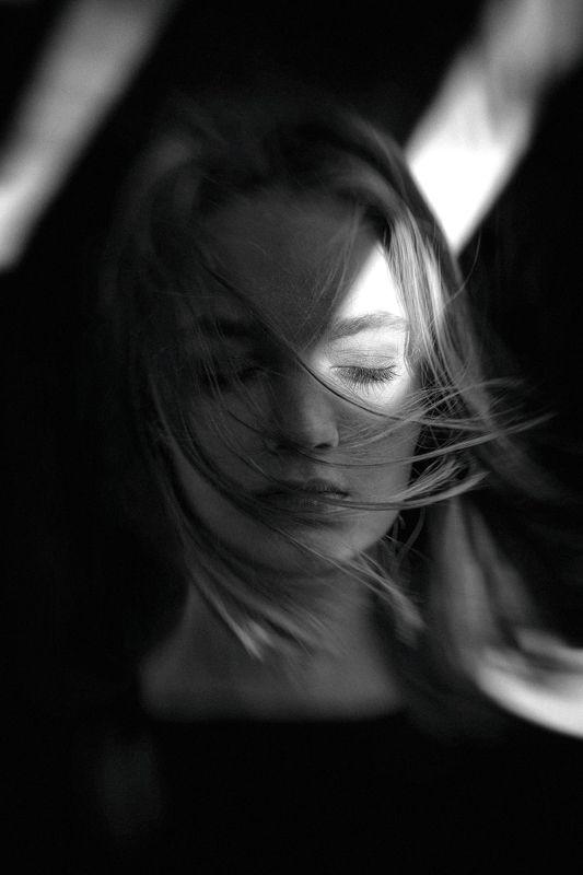 portrait, girl, model, eyes, hair, lips, face, beauty, facial, make-up, photographer, russia, nikon В моей душе муссоныphoto preview