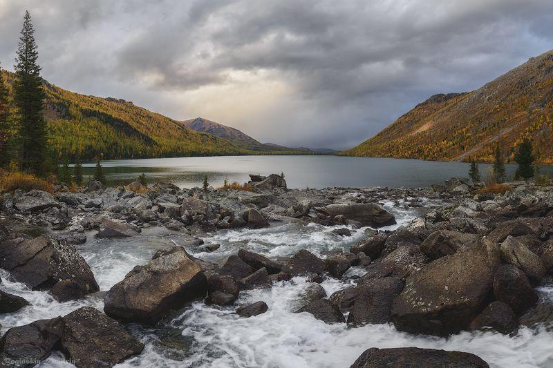 алтай, озеро Нижнее Мультинское озероphoto preview