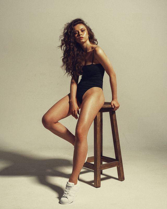 portrait,girl,beauty,makeup,hair,studio Valeriaphoto preview