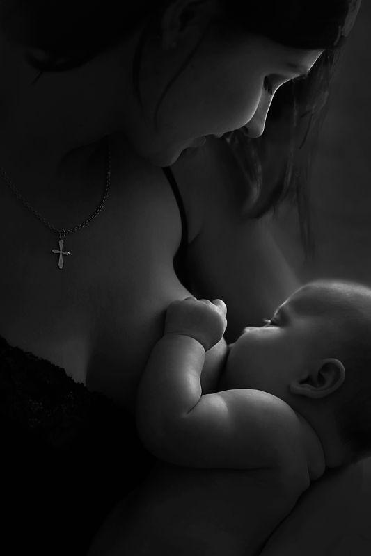 материнство, мама, новорожденный, кормлениегрудью, малышка, единение Профильphoto preview