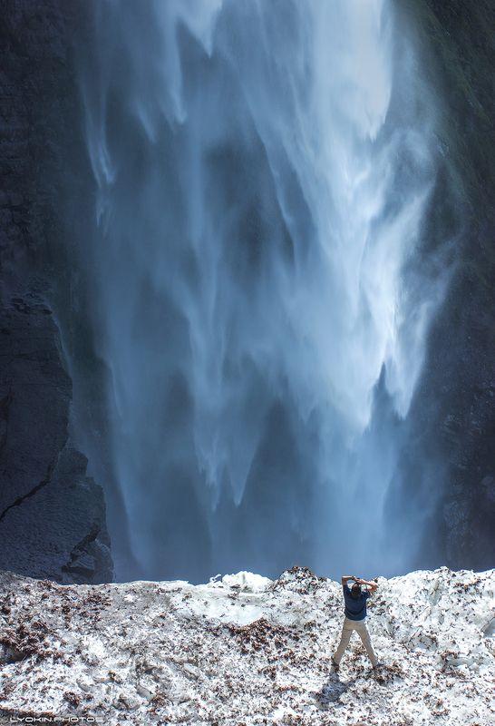 Движение воды. Высочайший водопад Азербайджанаphoto preview
